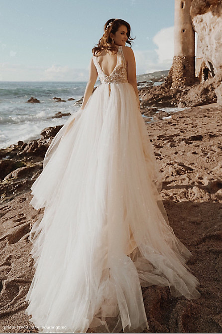 Whispers & Echoes Quillen Gown