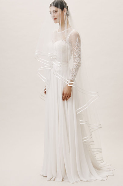Olivia the Wolf Ivory Candem Veil | BHLDN