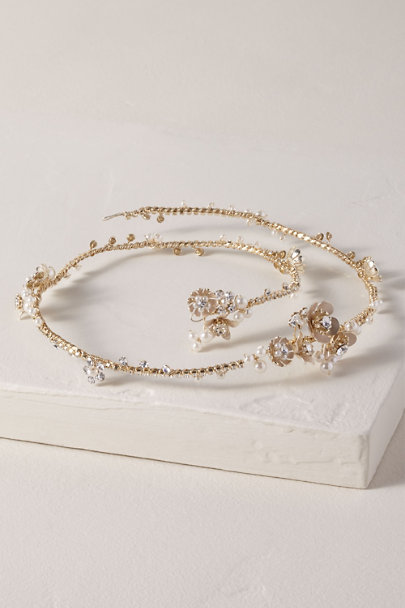 AA Bridal Gold Pedrine Halo | BHLDN