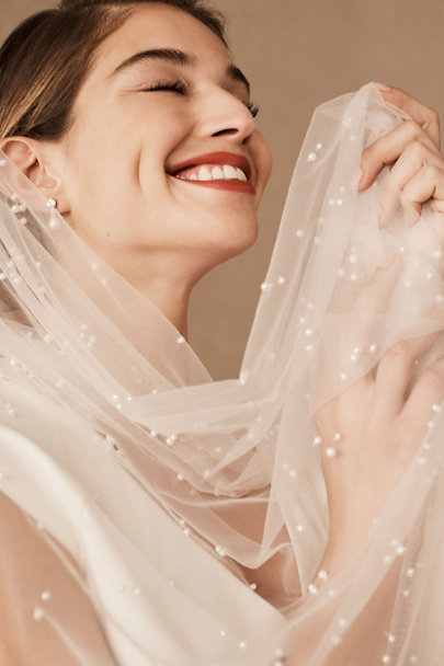 View larger image of Roesia Pearl Veil