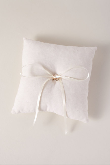 Cotton Ring Pillow