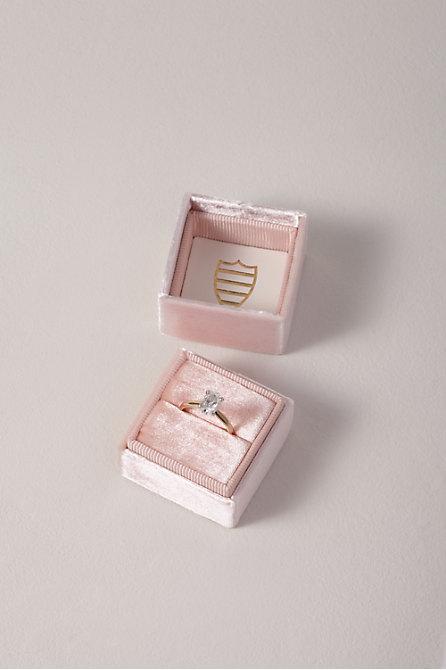 Mrs. Box Velvet Ring Box