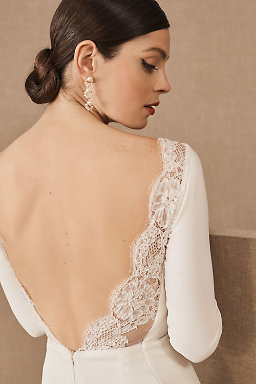 8cb8cb03fa Backless Wedding Dresses   Low Back Wedding Gowns