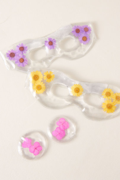 View larger image of Peaceful Posies Gel Eye Pads