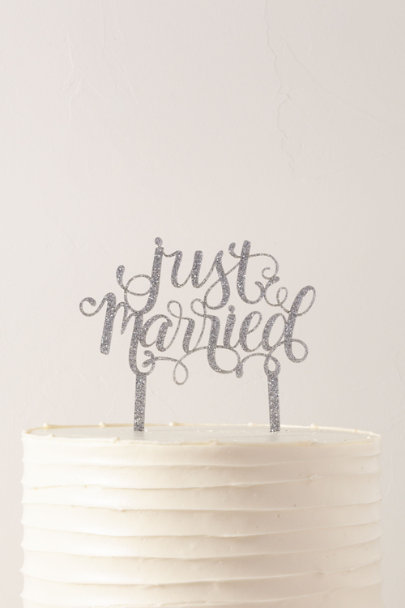 Alexis Mattox Silver Just Married Glitter Cake Topper | BHLDN