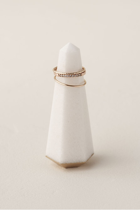White Quartz Ring Holder