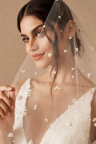 View larger image of Twigs & Honey Dolce Fingertip Veil