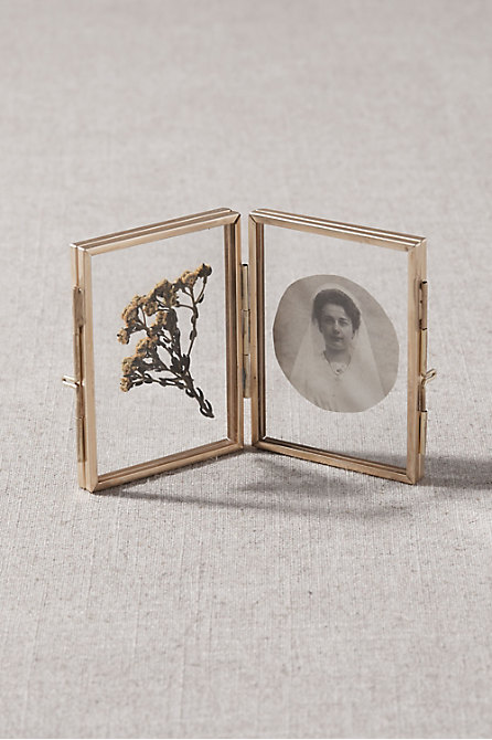 Double Hinge Picture Frame