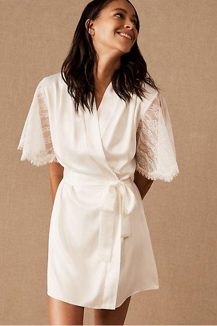 Graceful Robe
