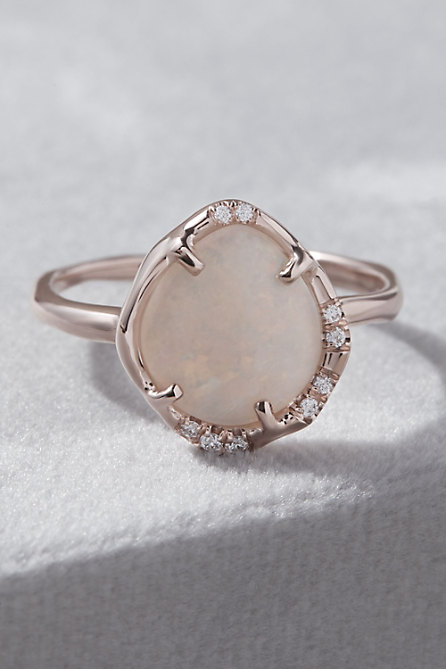 Sirciam Aphenos Opal Ring