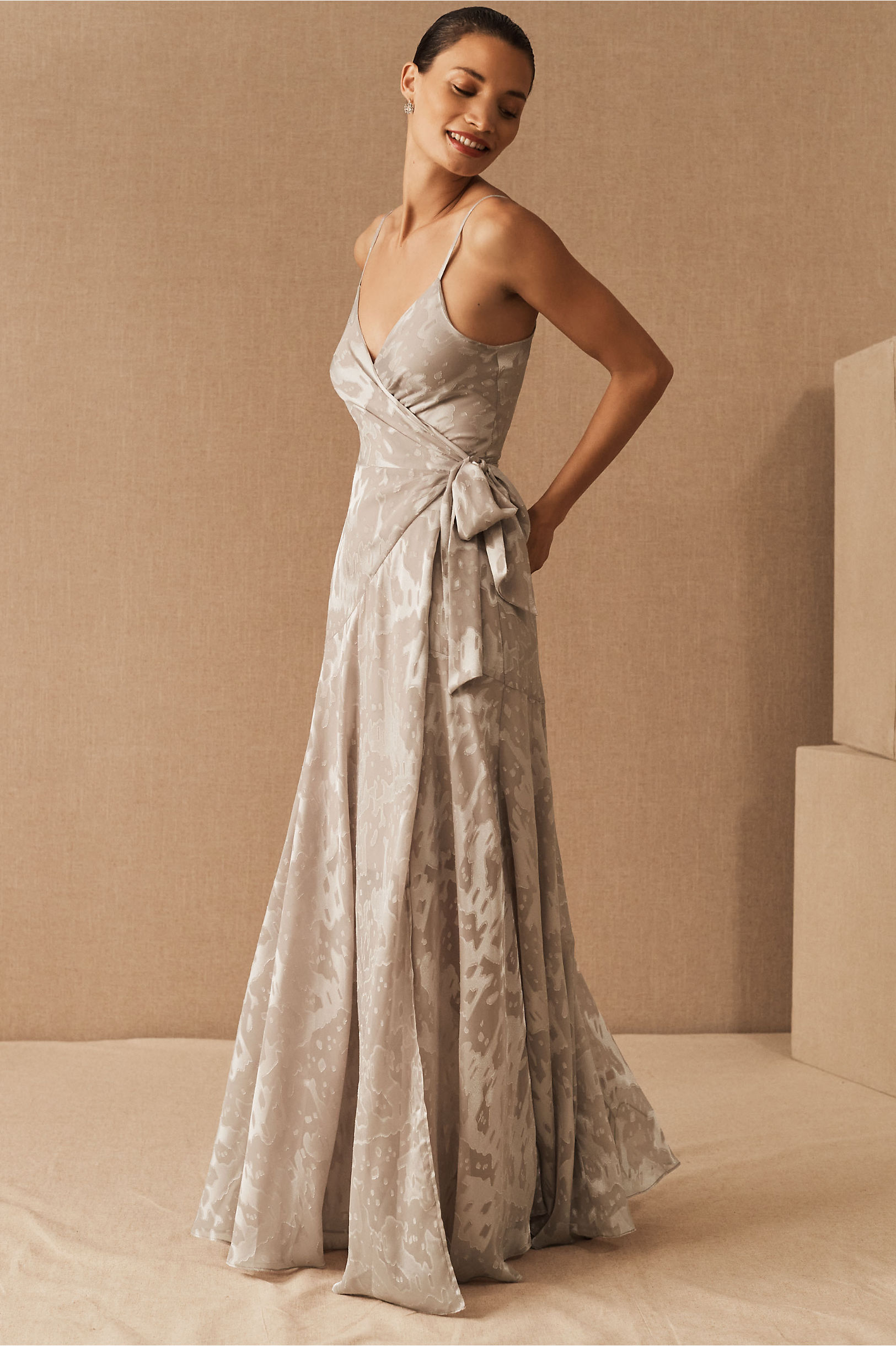 Vintage Evening Dresses, Vintage Formal Dresses Hutch Alden DressSize Guide Video $275.00 AT vintagedancer.com
