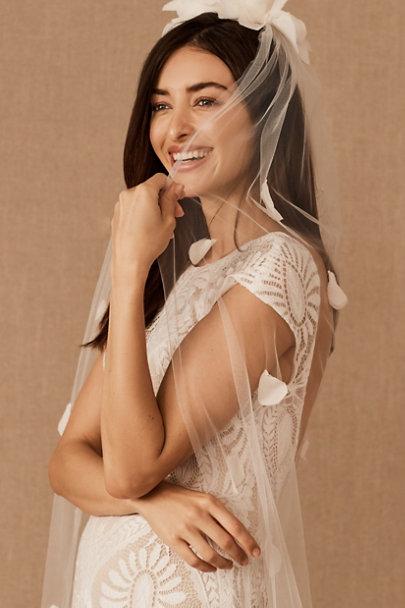 View larger image of LOVELONG Dara Veil
