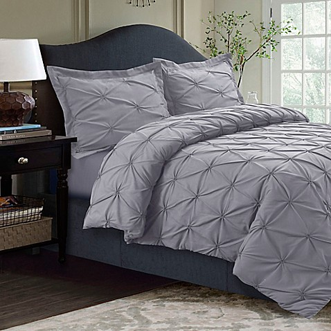 Quilted shams typically match the quilt or daybed cover in color and pattern, while a standard sham is designed to match the bed skirt color and pattern. In terms of the number of shams, a standard twin set has 5 pieces total: 2 quilted shams, a standard sham, a bed skirt, and quilt or cover.