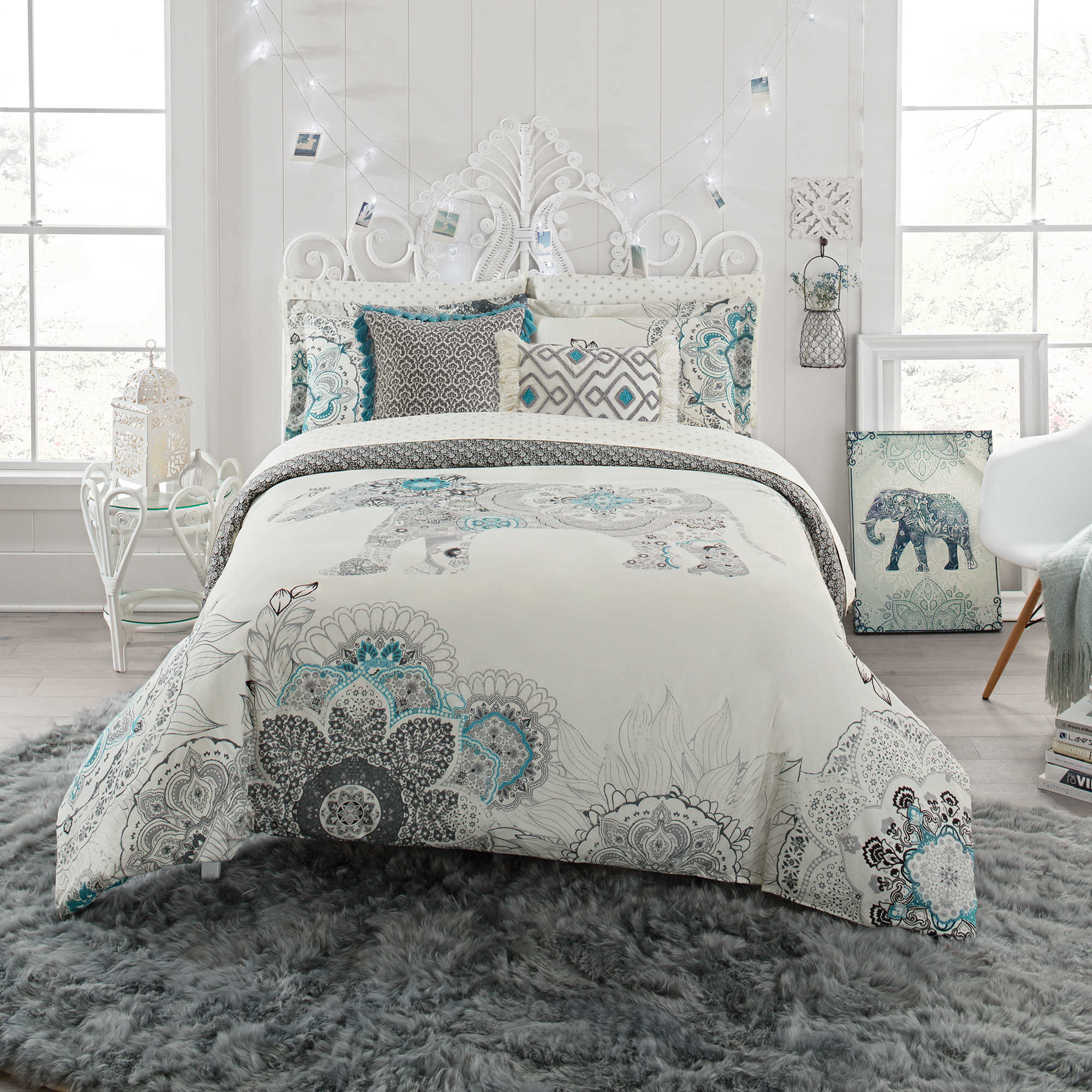Roxy beach bedding - Image Of Anthology Kiran Reversible Comforter Set