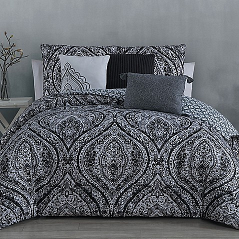 Image Of Steve MaddenR Vera Reversible Comforter Set