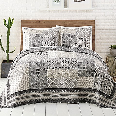 Jessica Simpson Ebony And Ivory Quilt In Blackwhite Bed Bath Beyond