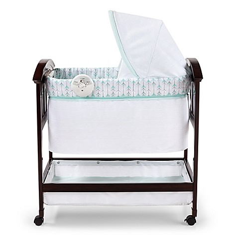 Summer Infant® Classic Comfort™ Wood Bassinet in White