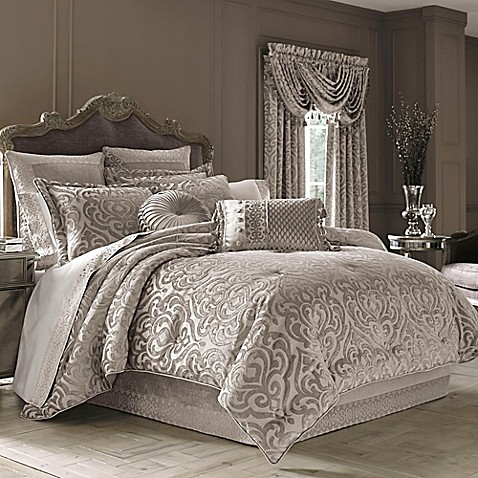 J Queen New York Sicily Comforter Set In Pearl Bed
