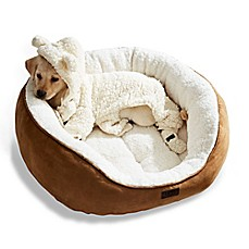 image of UGG® Classic Sherpa Pet Bed in Chestnut