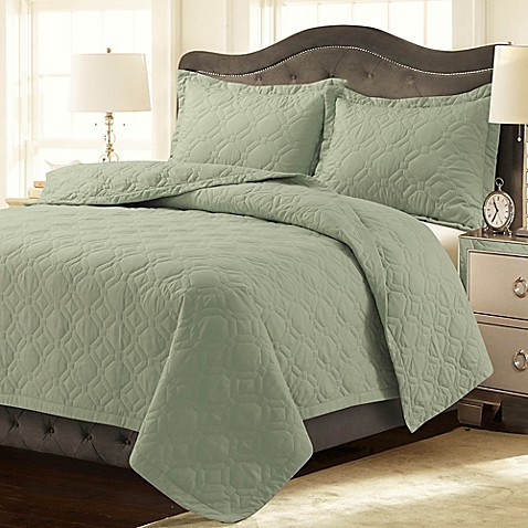 Buy Tribeca Living Lyon Solid Queen Quilt Set In Sage