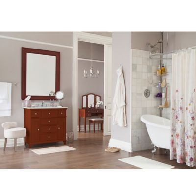 Elegant Stylish Traditional Bathroom