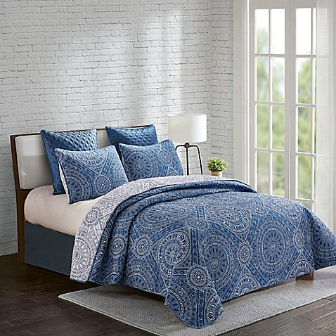 Jakarta Reversible King Quilt Set in Blue