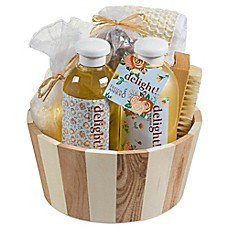 image of Freida & Joe Delight Wood Vintage Spa Gift Basket