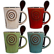 mugs with spoons