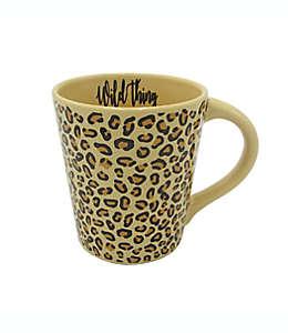 """Taza GiftCraft """"Wild Thing"""" con diseño de leopardo"""