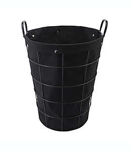 Cesto de alambre de hierro para lavandería Squared Away™ con forro color negro