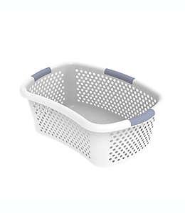 Cesto semicurvo de plástico para lavandería Simply Essential™ color blanco/gris