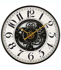 Reloj de pared de madera Sterling & Noble® Modern Farmhouse color blanco/oro