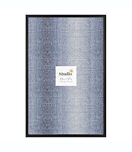 Portarretratos de metal Studio 3B™ Gallery de 28.87 x 44.11 cm color negro