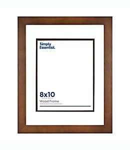 Portarretratos de madera Simply Essential™ con marialuisa de 32.38 x 40 cm color café nogal