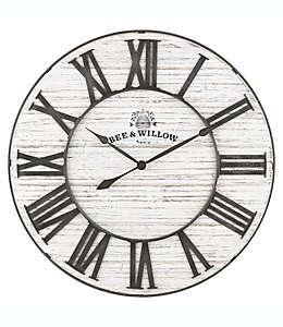 Bee & Willow™ Home Reloj de pared encalado