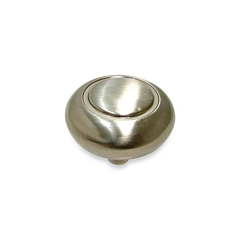 Richelieu classic mushroom knob in brushed nickel bed for Bathroom knobs brushed nickel