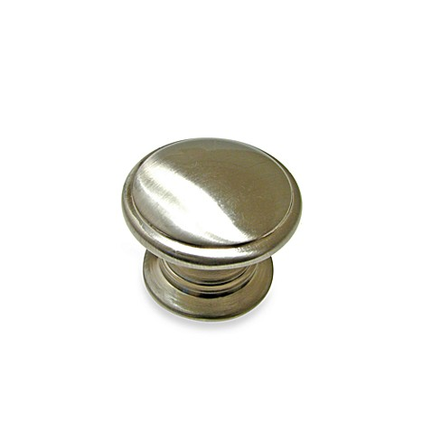Buy richelieu traditional round knob in brushed nickel for Bathroom knobs brushed nickel