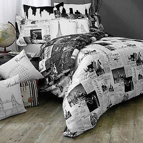 Passport London and Paris Reversible Duvet Cover Set in Black/White
