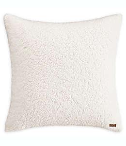 UGG™ Funda para almohada tamaño europeo de tela de borrego en blanco nieve