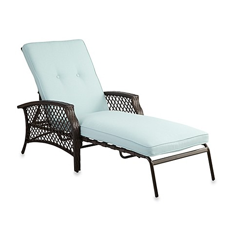 Buy stratford wicker padded chaise lounge in mist from bed for Bathroom chaise lounge