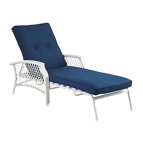 Stratford wicker padded chaise lounge bed bath beyond for Bathroom chaise lounge