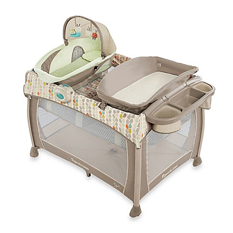Ingenuity washable playard deluxe with dream centre in for Baby play centre