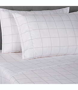 Fundas de microfibra para almohadas estándar/queen Simply Essential™ color blanco ventana