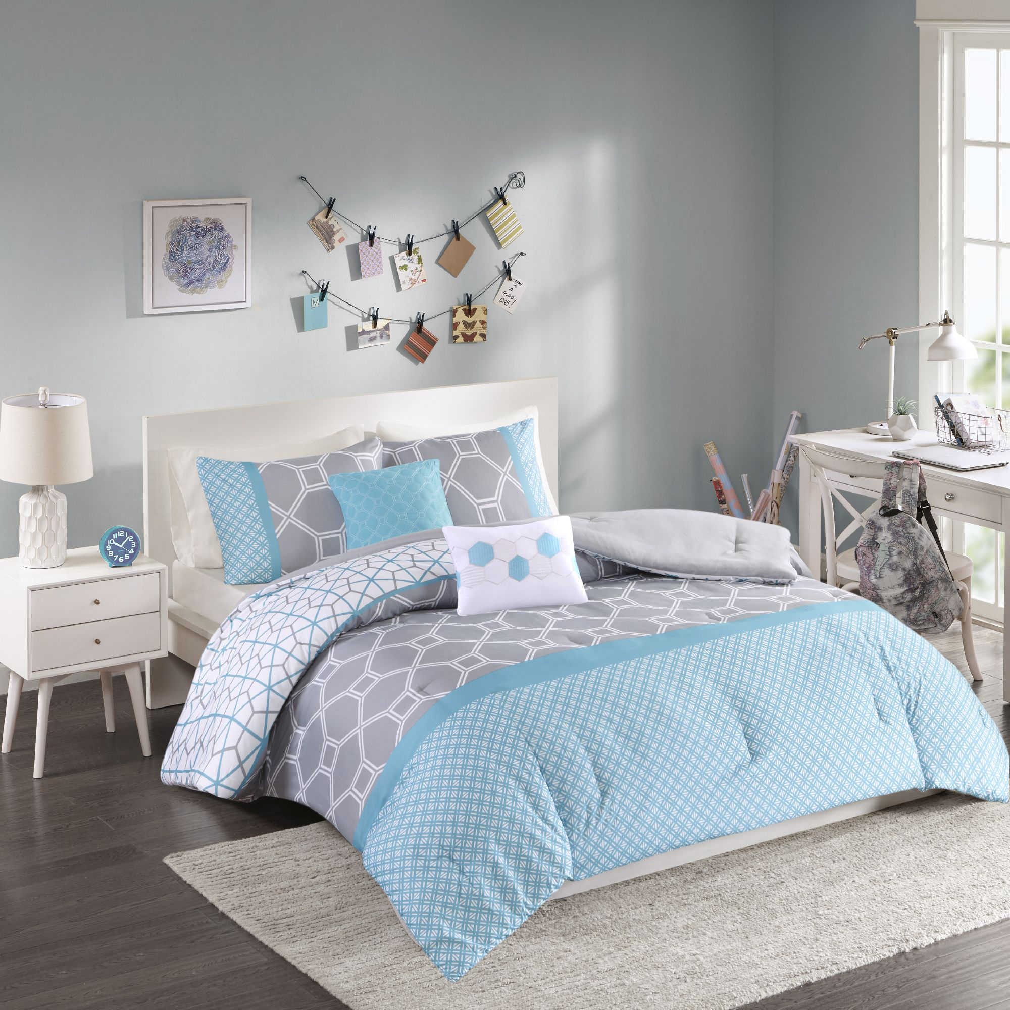 Bed sheets for teenagers - Image Of Intelligent Design Clara Reversible Comforter Set In Blue