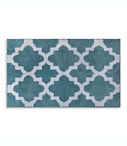 Tapete para baño Adelaide®, de 50.8 x 83.82 cm con patrón decorativo en azul cielo