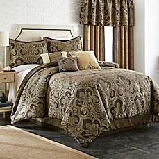 image of Taj Comforter Set