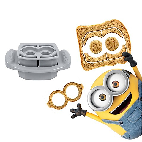 FunBites® 2-Piece Minions Goggles Food Cutter Set