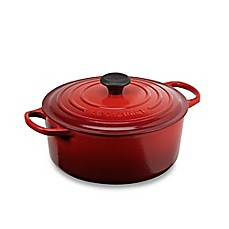image of Le Creuset® Signature Round Dutch Oven