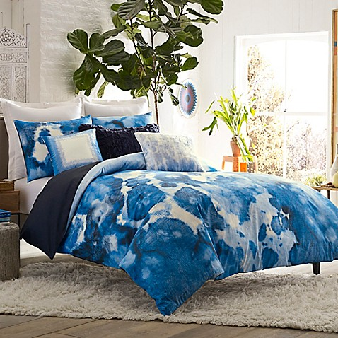 Blisslivingu0026reg; Home Casa Azul Reversible King Duvet Cover Set