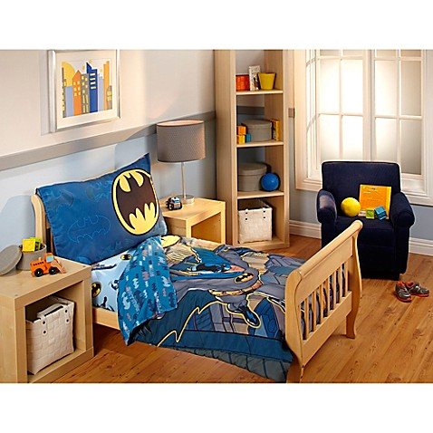 Fabulous DC Comics™ Batman 4-Piece Toddler Bedding Set - Bed Bath & Beyond GO28